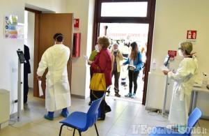 Le prime foto al nuovo centro vaccinale presso la Scuola di Cavalleria di Abbadia di Pinerolo