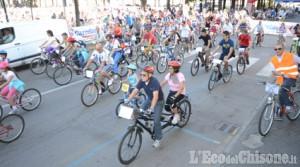 Pinerolo: successo per la biciclettata domenica 30