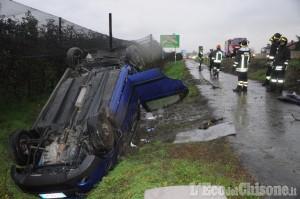 Due auto fuoristrada in circonvallazione