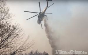 Incendio di Roure: «La situazione sta tornando sotto controllo»