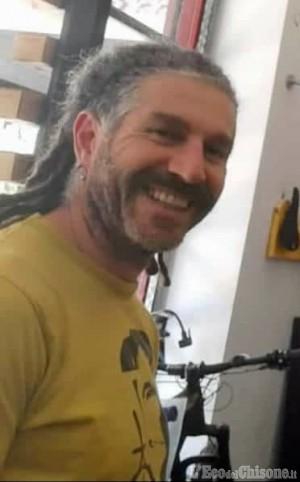 Cumiana: è un ciclista 45enne di Rivoli la vittima del drammatico incidente di Comba Langa