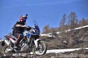 """A Sestriere, """"In moto oltre le nuvole"""" anche in notturna"""