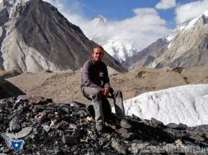 Gian Luca Gasca ha raggiunto la #destinazioneK2 dopo più di 10mila km via terra