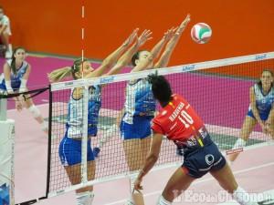Volley A2 femminile, grande serata per Pinerolo: Mondovì s'inchina al tie-break