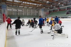 Hockey ghiaccio, ad un mese dalla prima di Ihl: lavoro intenso per Valpeagle