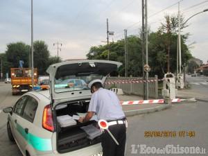 Nichelino: camion trancia fili della Torino-Pinerolo