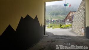 Sestriere: nel tunnel di piazza Fraiteve, un'opera d'arte di 500 metri quadri