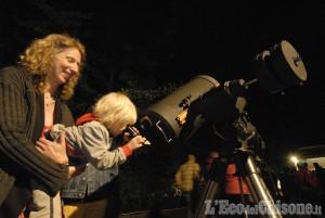 In Valle Po laboratorio della pizza per i bambini e di sera tutti a guardare le stelle