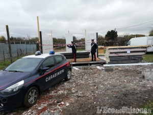 Beinasco: villetta abusiva vicina all'ex campo nomadi, denunciati due rom