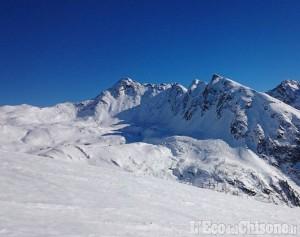 Soccorso a Prali per uno sciatore infortunato fuori pista