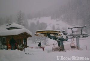 Prali: due metri e mezzo di neve in quota, provinciale chiusa