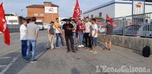 Scalenghe: lavoratori in sciopero alla Raspini