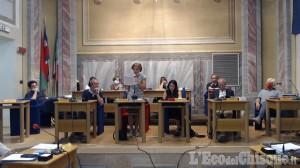 Beinasco: sfiduciata dalla sua maggioranza, la sindaca Gualchi annuncia le dimissioni a fine luglio