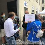 """Curling, protesta a margine dell'Artigianato per le recenti dichiarazioni del sindaco a """"l'eco"""""""