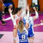 Volley serie A2 donne, grande Pinerolo: prima semifinale vinta a Ravenna