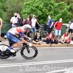 Giro d'Italia, con il trionfo di Ganna la scena si sposta alla Reggia di Stupinigi per il via della seconda tappa