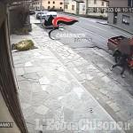 Porte: rubano motosega da un pick-up ripresi dalle telecamere, denunciati