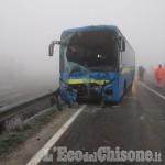 Villafranca: pullman tampona autocisterna che trasportava olio, tre feriti