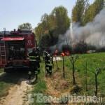 Castagnole: fiamme nel capanno, l'intervento dei Vigili del fuoco
