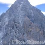 Si fa male ad un ginocchio sotto la vetta del Monviso, recuperato dal Soccorso alpino
