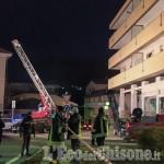 Paura a Luserna: fiamme nelle cantine di un palazzo, 12 persone intossicate portate in ospedale