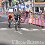 Giro d'Italia: Benedetti primo al traguardo di Pinerolo. Polanc maglia rosa
