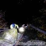 Bobbio Pellice: auto nella scarpata, ferito in modo grave 67enne di Torre