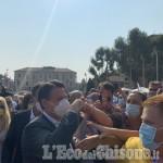 Bagno di folla per l'ex premier Conte anche a Nichelino