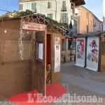 Ladri nella casetta di Babbo Natale in piazza Facta a Pinerolo