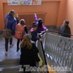 """Pinerolo, """"Nino Costa"""": primo giorno di scuola alla """"Battisti"""""""