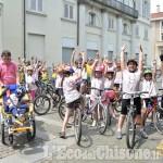 Giro d'Italia 2016: i bambini della scuola di ciclismo di Pinerolo