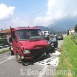 Revello: scontro tra auto e camion, pensionato in ospedale