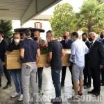 Omicidio di Piossasco: chiesa gremita per l'ultimo saluto all'architetto ucciso dai banditi