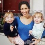 Strage di Carignano, domani a Frossasco i funerali della mamma e dei due gemelli