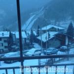 Spolverata di neve a Pragelato: seggiovia Conca del Sole aperta fino al 6 gennaio