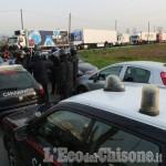 Sciopero Safim di None: strada bloccata, presto lo sgombero?