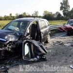 Cumiana: scontro frontale tra due auto, una 50enne in elisoccorso al Cto