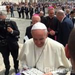 """I sindaci da Papa Francesco, incontro in piazza San Pietro con """"L'Eco"""""""