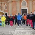 Il flash mob delle stazioni scistiche: «Lo sci merita rispetto»