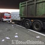 Orbassano: tamponamento fra tir al Sito, feriti due camionisti
