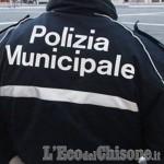 Vinovo: il vicecomandante della Polizia municipale salva un virlese in un fosso