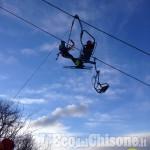 Cavo della seggiovia scarrucola per il vento: 130 sciatori messi in salvo a Prato nevoso