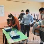 La diretta - Elezioni Pinerolo: scrutinio in corso, il sindaco uscente Luca Salvai sta doppiando il rivale Pino Berti