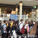 La scuola riparte: ritorno in classe per migliaia di studenti