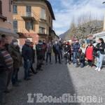 Val Pellice: protesta pacifica degli ambulanti del  settore non alimentare