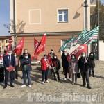 Volvera: mensa chiusa al soggiorno Mariuccia, davanti al municipio il presidio dei sindacati