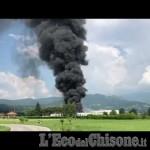 Embedded thumbnail for Roletto: il video dell'incendio alla fabbrica di vernici Cia Technima