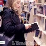"""Embedded thumbnail for """"Se questo libro fosse"""": un video presenta l'evento che promuove la piccola editoria locale."""