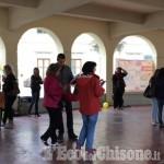 Embedded thumbnail for Flash mob contro #labuonascuola a Villar Perosa