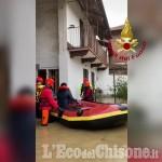 Embedded thumbnail for Inondazioni a Cardè: i Vigili del fuoco evacuano alcune abitazioni